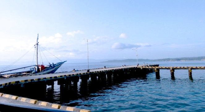 1 Pelabuhan Raha